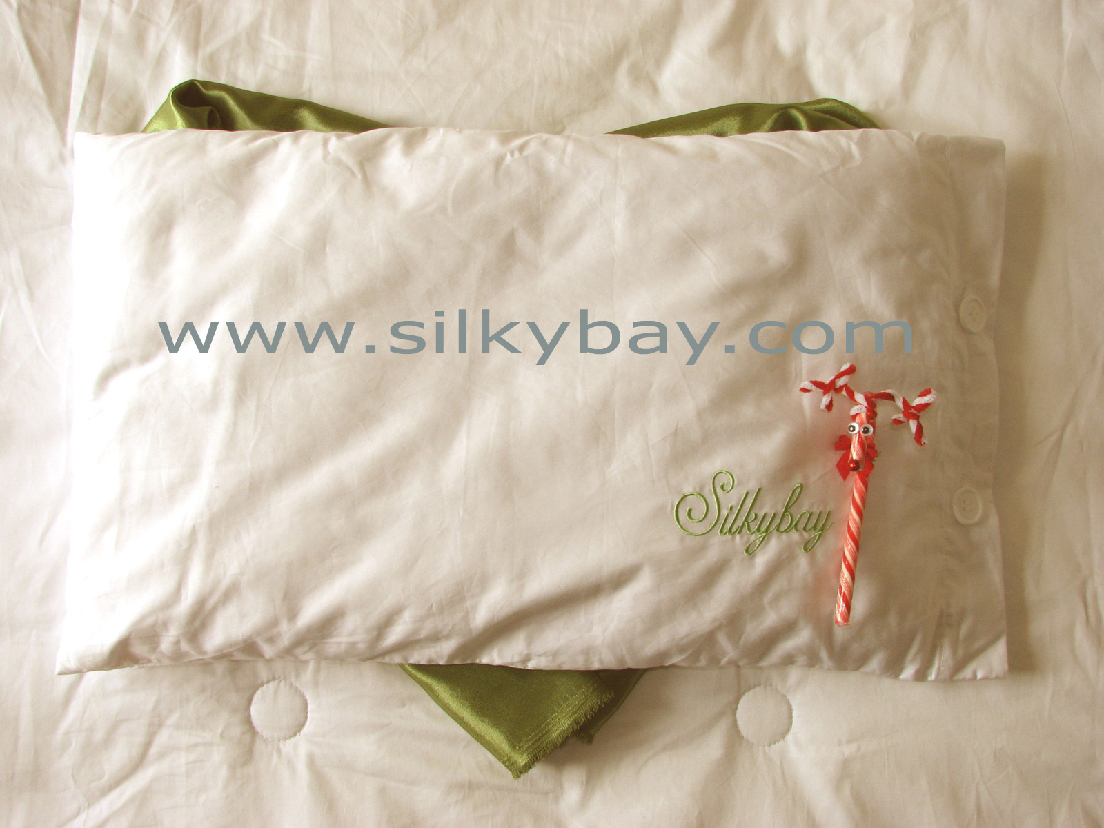 Silkybay 100% Silk Filled Silk Pillow CotBed